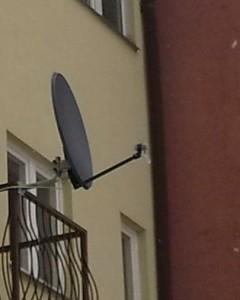 antena satelitarna 2